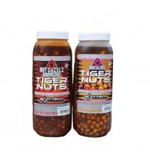 Bait-Tech Tygří ořech Hot Chilli Growlers Tiger Nuts Jar 2,5lit